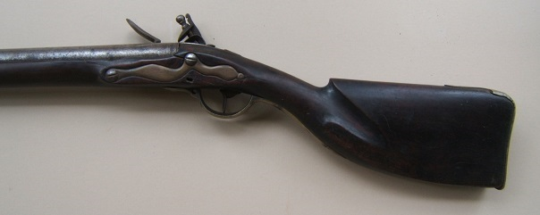 A VERY GOOD AMERICAN REVOLUTIONARY WAR PERIOD NEW ENGLAND CLUB-BUTT FOWLER-MUSKET, ca. 1777  view 2