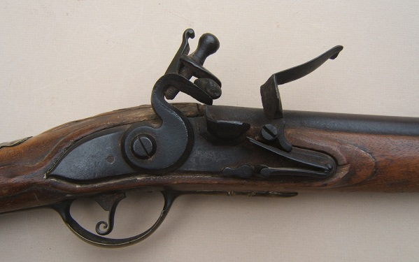"A SCARCE UNTOUCHED AMERICAN REVOLUTIONARY WAR PERIOD GERMANIC FLINTLOCK ""HESSIAN"" MUSKET, ca. 1740 view 3"