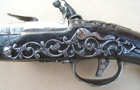 A FINE & RARE 17th CENTURY BRESCIAN/NORTHERN ITALIAN CHISELED STEEL BELT PISTOL, ca. 1690sview 3