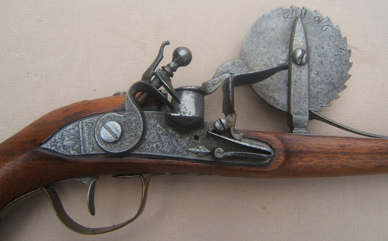 A VERY FINE & RARE FRENCH FLINTLOCK EPROUVETTE/POWDER-TESTER, ca. 1720 view 3