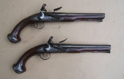 A VERY FINE PAIR OF FRENCH & INDIAN/AMERICAN REVOLUTIONARY WAR PERIOD ENGLISH FLINTLOCK OFFICER'S/HOLSTER PISTOLS by