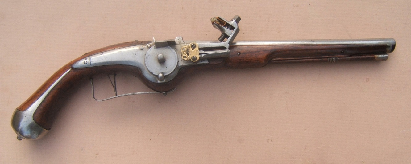 AN EXCELLENT 17th CENTURY/30-YEARS WAR PERIOD GERMAN MILITARY WHEELOCK PISTOL, ca. 1640 view 1