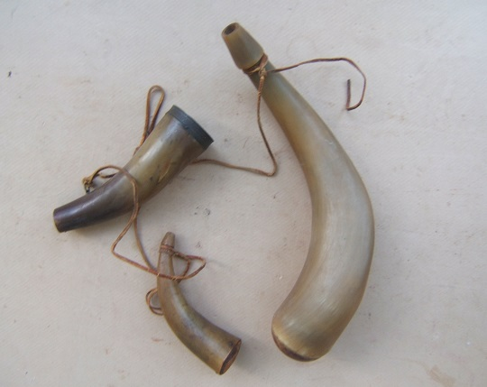 A VERY GOOD GROUPING of THREE (3)  EARLY/MID 19th CENTURY AMERICAN POWDER HORNS, ca. 1780-1850 view 1