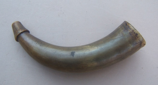 "A VERY GOOD REVOLUTIONARY WAR PERIOD AMERICAN PRIMING HORN w/ OWNER-""IA"" INSCRIBED WOODEN BASE, ca. 1770 view 1"