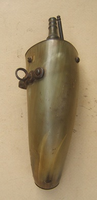 A FINE SPANISH/SPANISH-COLONIAL FLINTLOCK-TYPE (ESCOPETA) MUSKETEER'S POWDER FLASK, ca. 1770 view 2