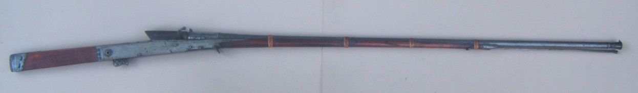 A FINE EARLY 19TH CENTURY INDIAN MATCHLOCK MUSKET/TORADOR, ca. 1820 view1