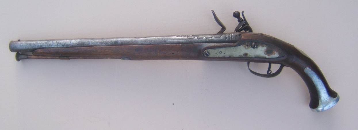 A FINE QUALITY BRASS MOUNTED TURKISH FLINTLOCK HOLSTER PISTOL, ca. 1810 view2