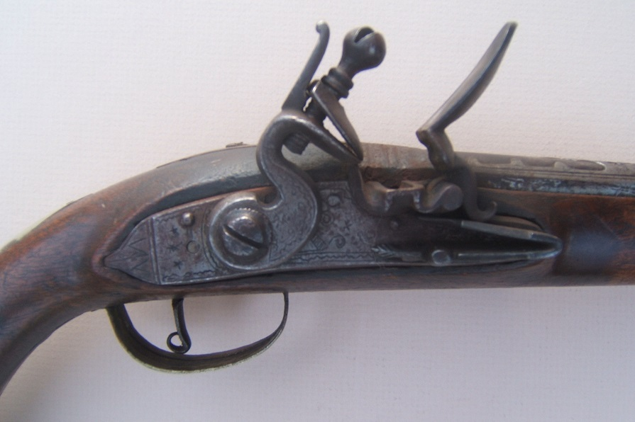 A FINE QUALITY BRASS MOUNTED TURKISH FLINTLOCK HOLSTER PISTOL, ca. 1810 view3