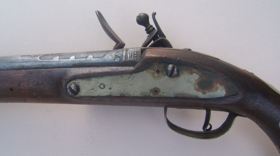 A FINE QUALITY BRASS MOUNTED TURKISH FLINTLOCK HOLSTER PISTOL, ca. 1810 view4