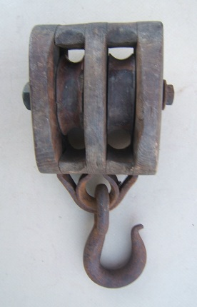 A VERY GOOD AMERICAN CIVIL WAR PERIOD AMERICAN MADE (NAVAL) BLOCK & TACKLE, ca. 1850view2