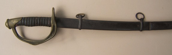 A VERY GOOD AMERICAN CIVIL WAR PERIOD IMPORT-TYPE US MODEL 1860 CAVALRY SABER & SCABBARD, ca. 1860 view 2
