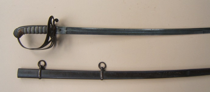 A VERY GOOD US CIVIL WAR PERIOD NON-REGULATION TYPE MODEL 1850 STAFF & FIELD OFFICER'S SWORD & SCABBARD, ca. 1860 view 2
