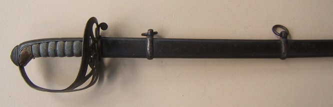 A VERY GOOD US CIVIL WAR PERIOD NON-REGULATION TYPE MODEL 1850 STAFF & FIELD OFFICER'S SWORD & SCABBARD, ca. 1860 view 1